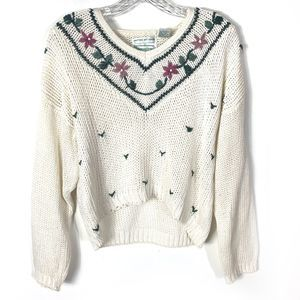 Vintage Hand Knit White Floral Sweater Romantic M